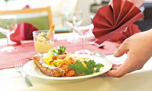 Mahlzeit im Pflegeheim Potsdam