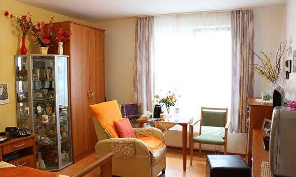 Altenheim-Potsdam-Pflegewohnstift-Babelsberg-Bewohnerzimmer