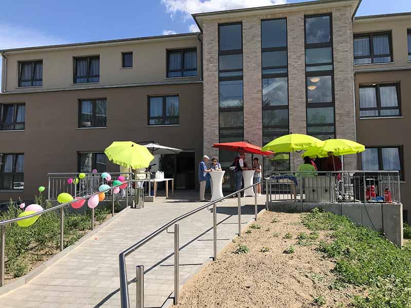 Eröffnungsfeier des Pflegeheims in Berlin