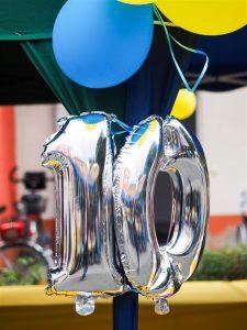 Luftballons zum 10-jährigen Jubiläum des Pflegeheims Frankfurt